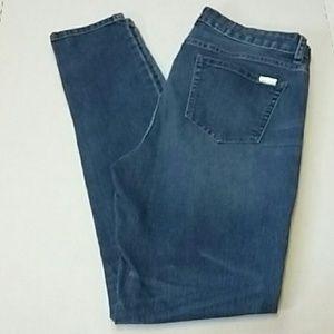 Jennifer Lopez Women's Skinny Jeans